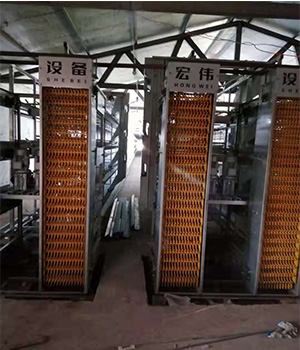 养鸡设备生产厂家为您介绍使用层叠式蛋鸡自动化养鸡设备有哪些需要